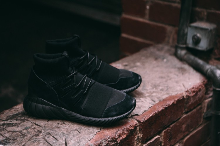ADIDAS_ORIGINALS_TUBULAR_DOOM_TRIPLE_BLACK-8_1024x1024